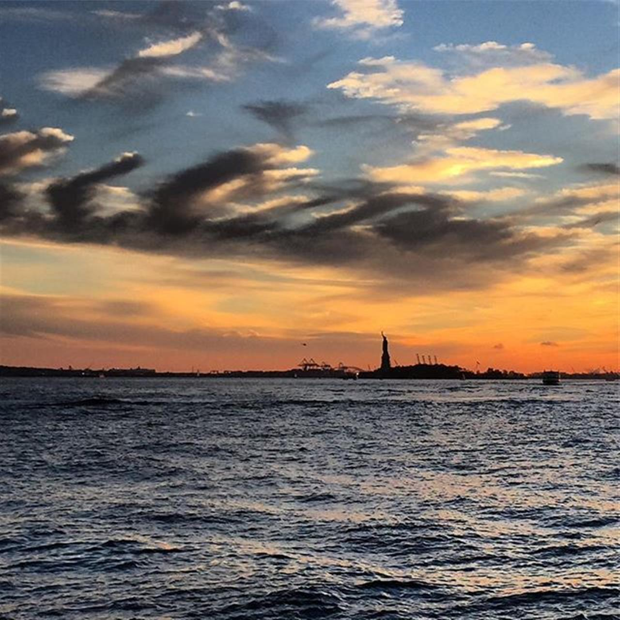 Statue of Liberty #nyc #sunset #leadingrelocal