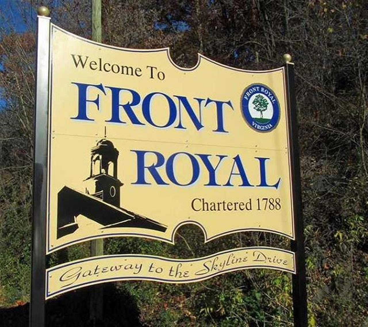 Welcome sign to Front Royal on Rt 55 #leadingrelocal