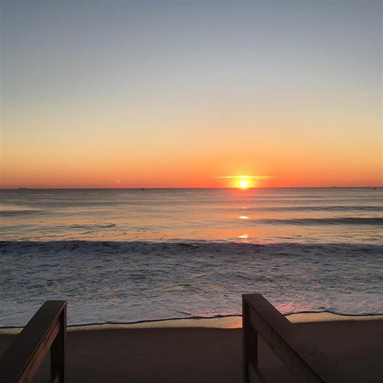 Happy Wednesday! #wednesday #nj #goodmorning #sunrise #jshn #leadingrelocal