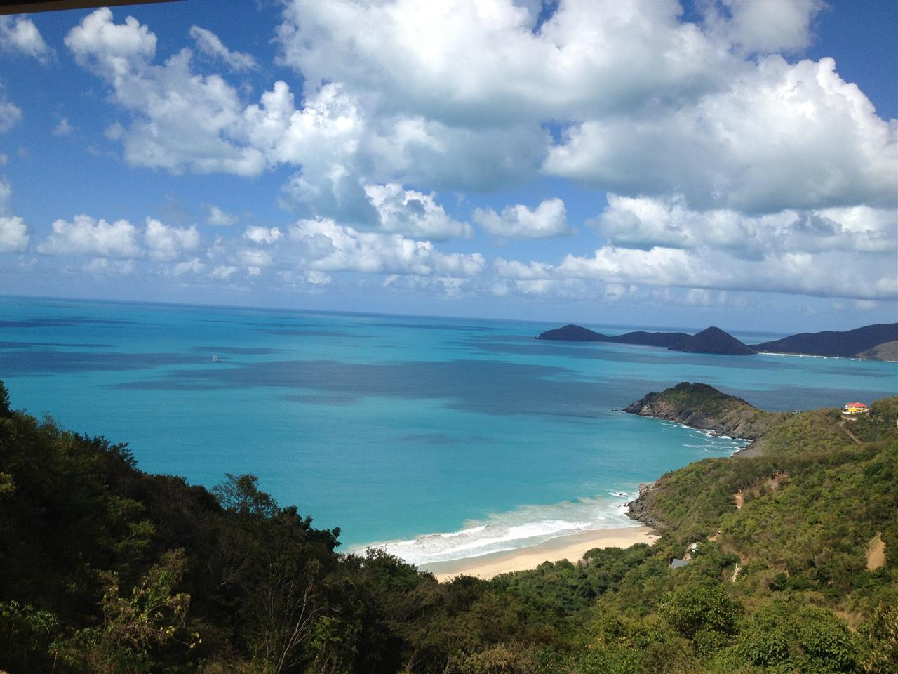 Trunk Bay, Tortola Courtesy of Smiths Gore BVI Ltd.