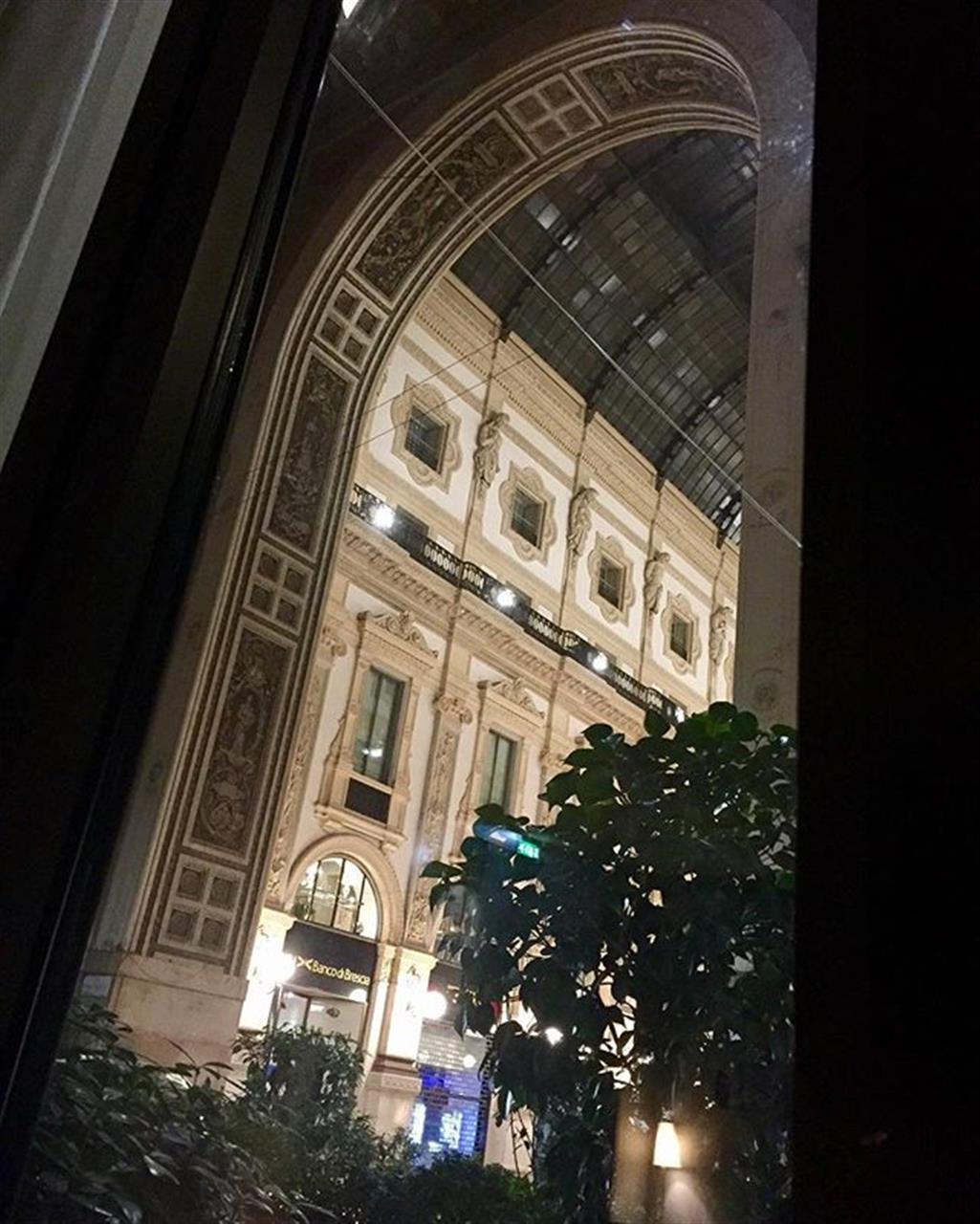 Galleria Vittorio Emanuele from the hotel #parkhyatt in #milan #leadingrelocal #giorgioviganorealestate #thingstovisit #thingstodo #milano #solocosebelle #beautiful & #special #?asterpiece