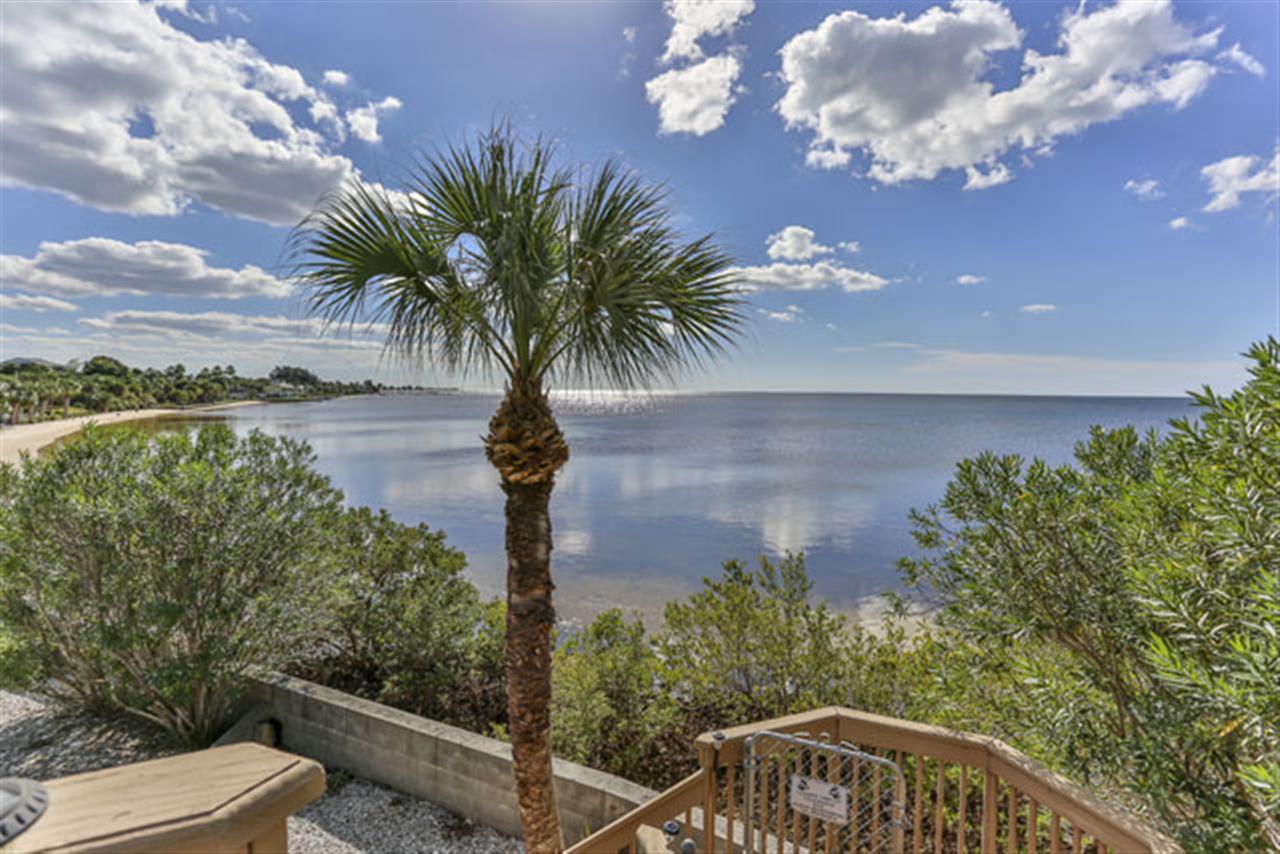 Area: Pine Island, FL Agent: Kevin Landry