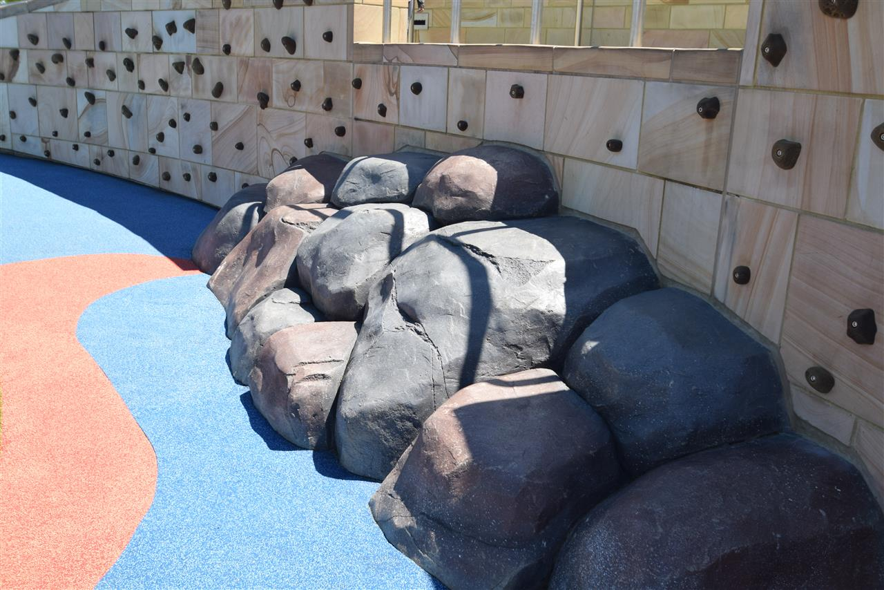 Summit Park, Blue Ash (Cincinnati OH) Playgroup - climbing rocks & wall