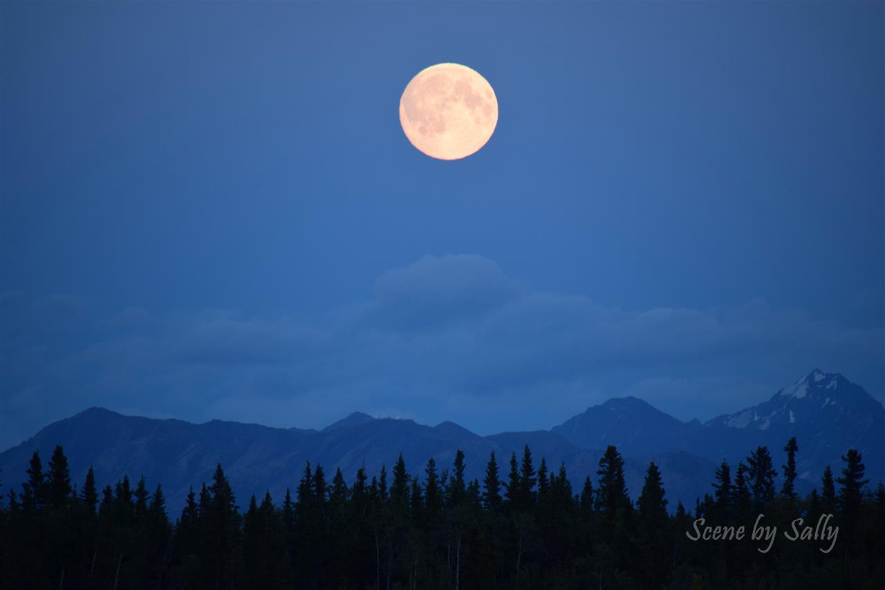 Full moon over the Matanuska Susitna Valley, Wasilla, Alaska