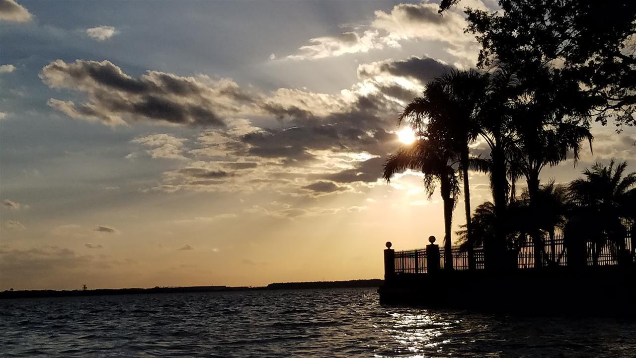 Sun setting on the St. Johns River.  Jacksonville, FL