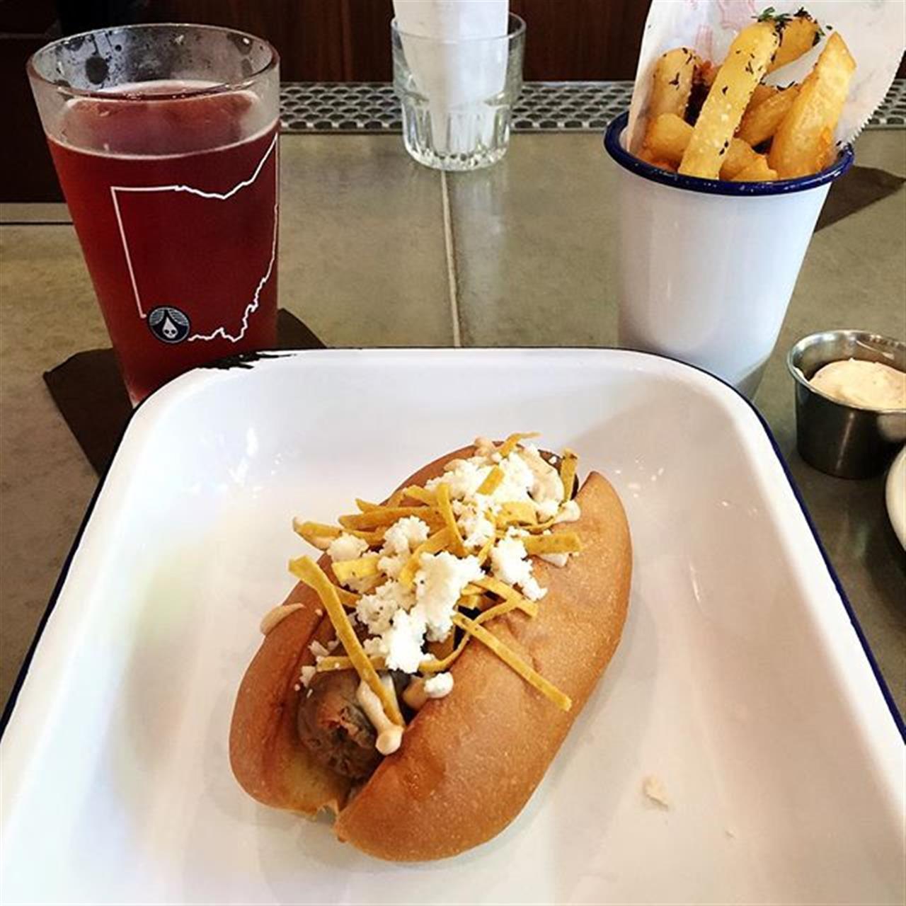 Celebrating the weekend at one of @blueashohio's newest restaurants, @senatepub in @summitparkblueash! #sibcycline #homewithsibcycline #fridayvibes #weekend #leadingrelocal