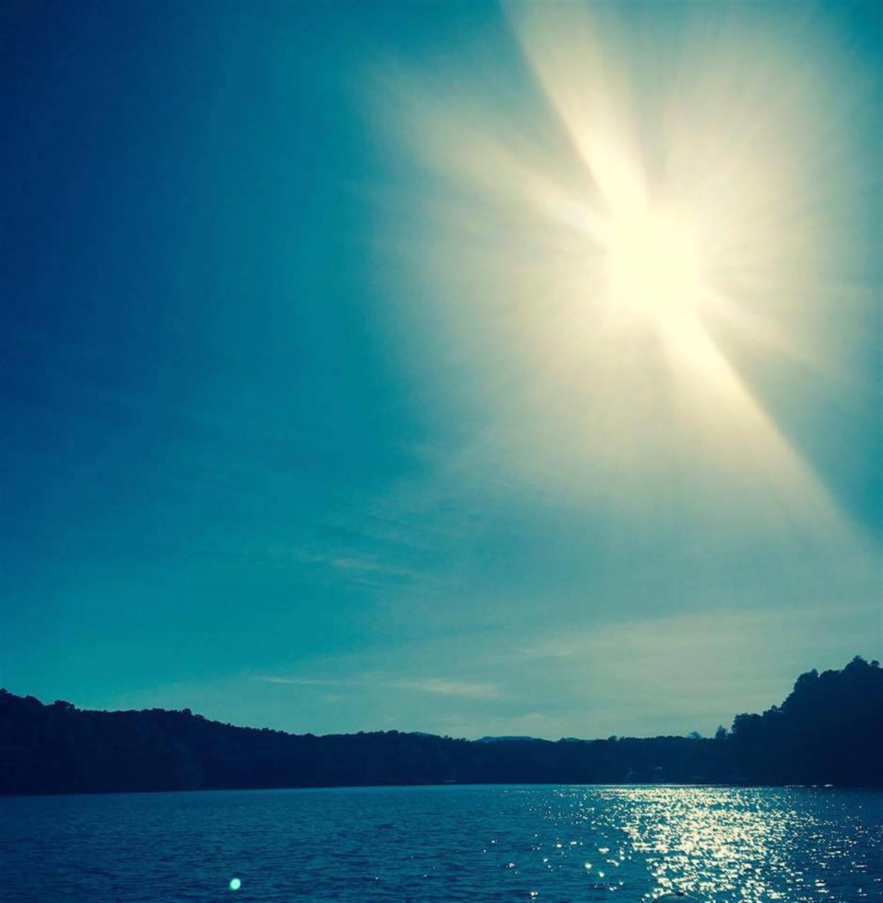 #leadingRElocal  #NorrisLake #LakeLife #sibcycline #summertimeisfinallyhere #boating #familyvacation