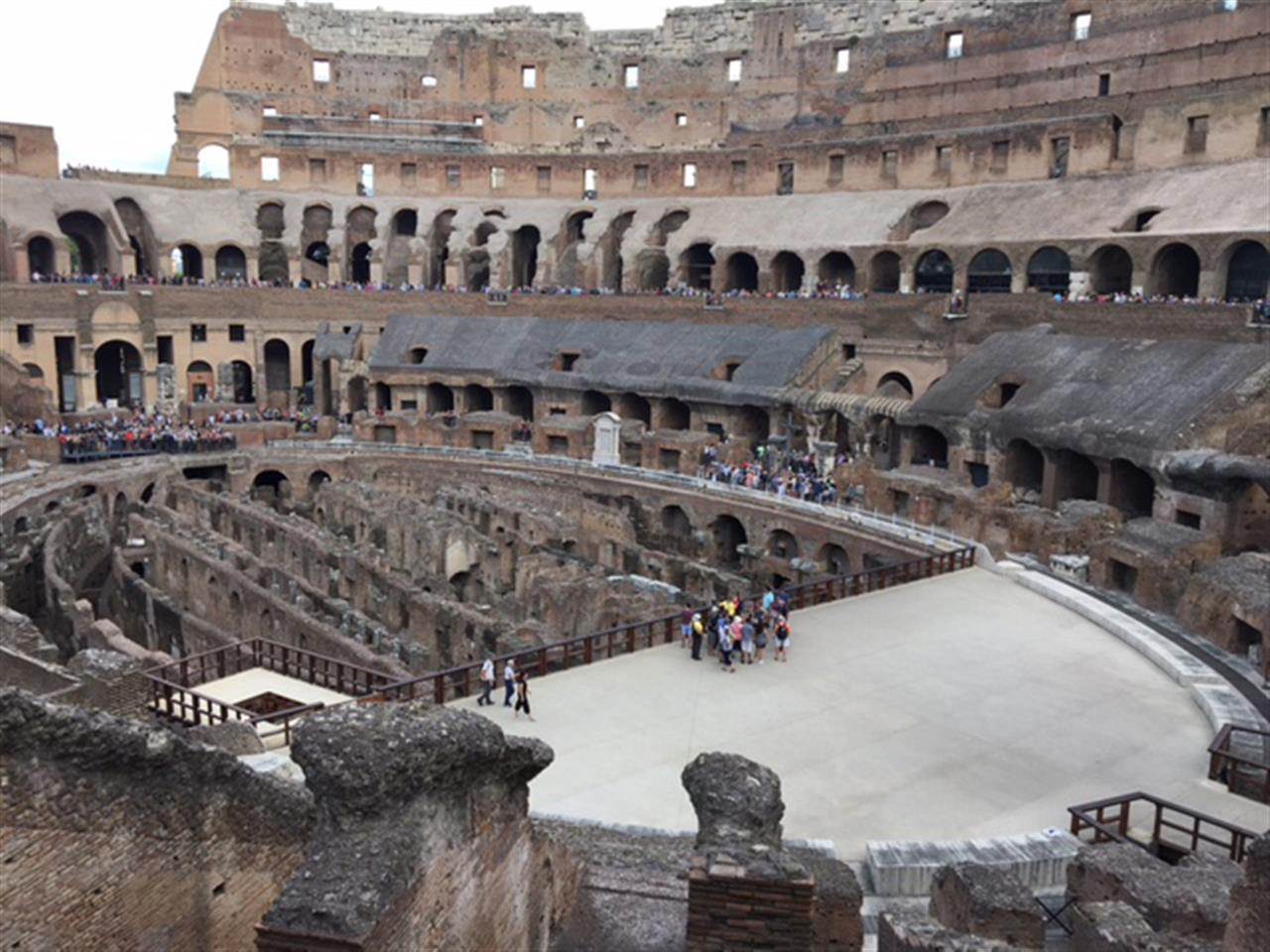 #leadingrelocal #Rome #Italy #Colosseum