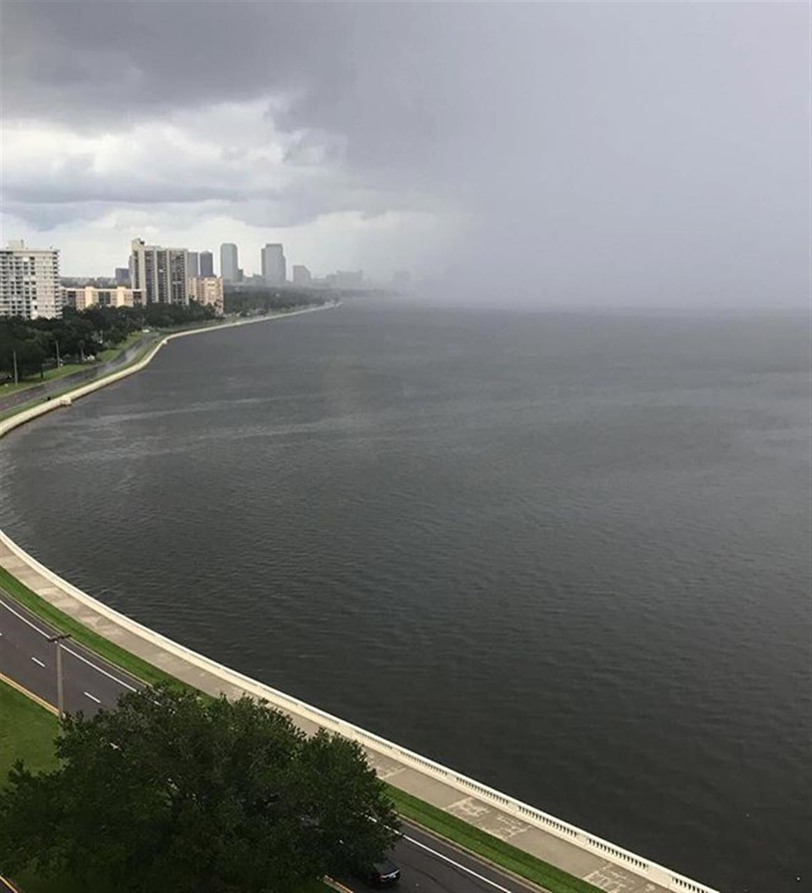 Even in storms you can find positive perspective. #tampabay #bayshore #smithsells #smithandassociates #leadingrelocal