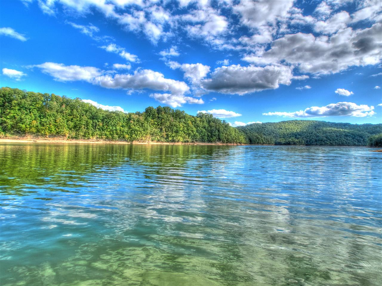 Beautiful clear water of Norris Lake in Claibourne County in East Tennessee.