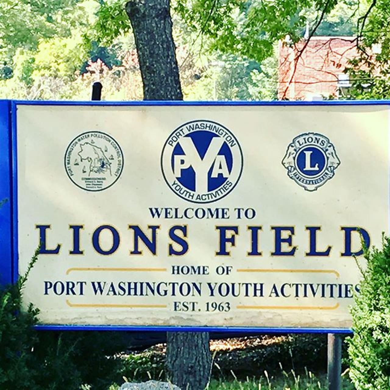 Port Washington! Amazing Intramural program. It's Flag Football Season.  #portlife #welivehere #leadingrelocal #laffeyre #teamlaffey #followtheorange ???
