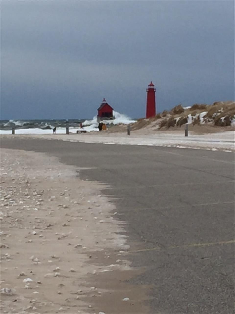#LeadingRElocal #Lighthouse #GrandHaven #LakeMichigan