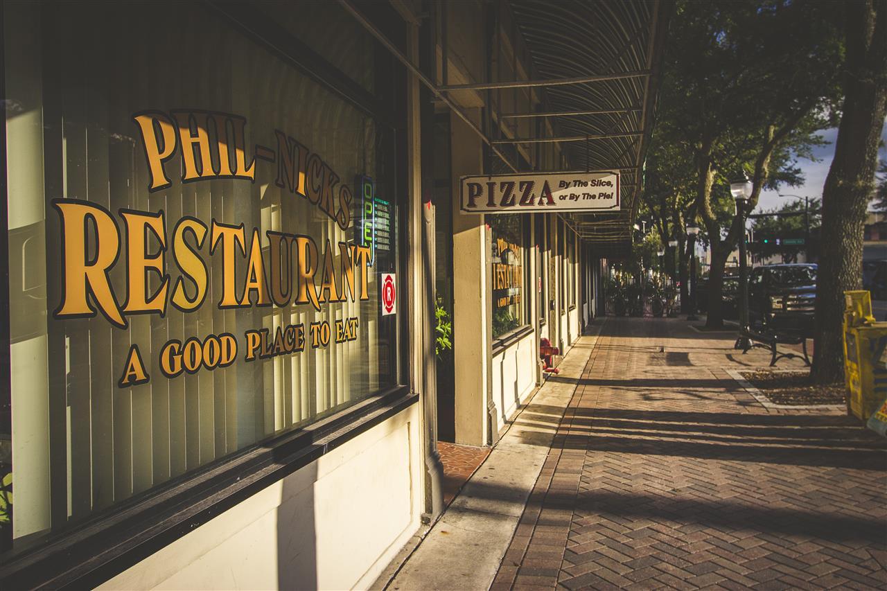 George's at Phil Nicks Downtown Restaurant Scene #GainesvilleFL