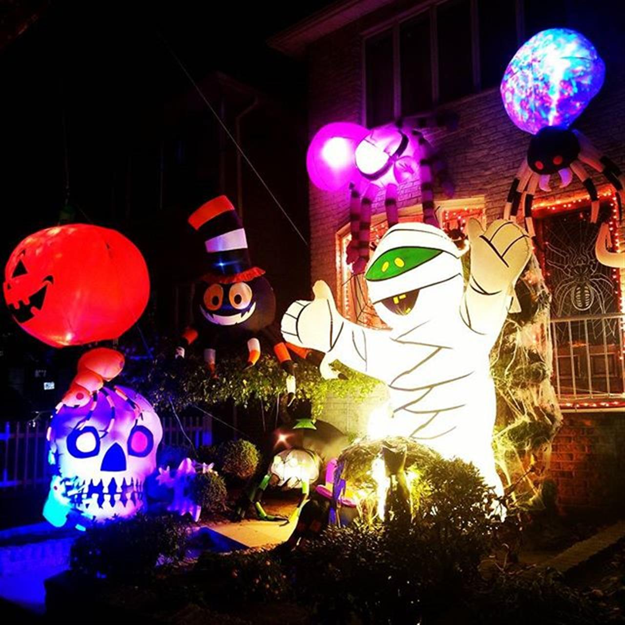 How will you be decorating your house this Halloween? ???? #dykerfrights #spooky #halloweenspirit ?Halloween #home in #dykerheights  #trickortreat #halloween #leadingrelocal