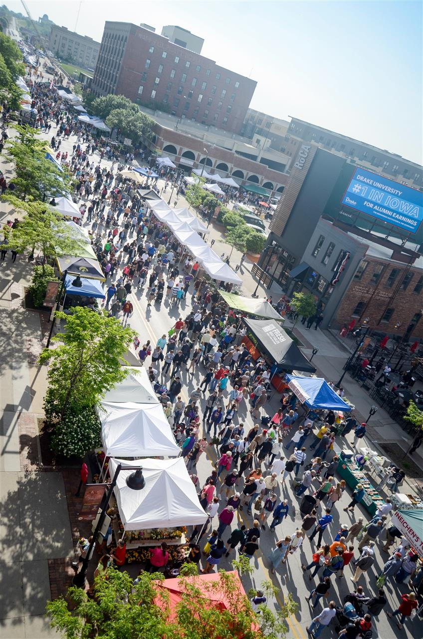 Downtown #DesMoines Farmer's Market