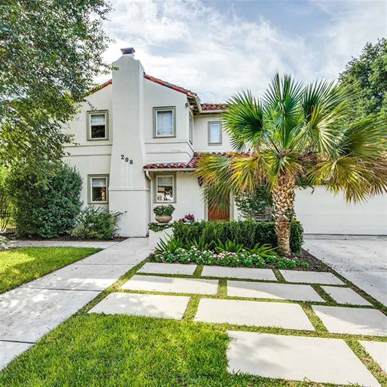 Luxury of the Day: 208 Morningside Drive in #TerrellHills listed by @susanne_marco_realtor. Entertain in style at this spacious Mediterranean-style home featuring oversized windows and lovely hardwood floors.