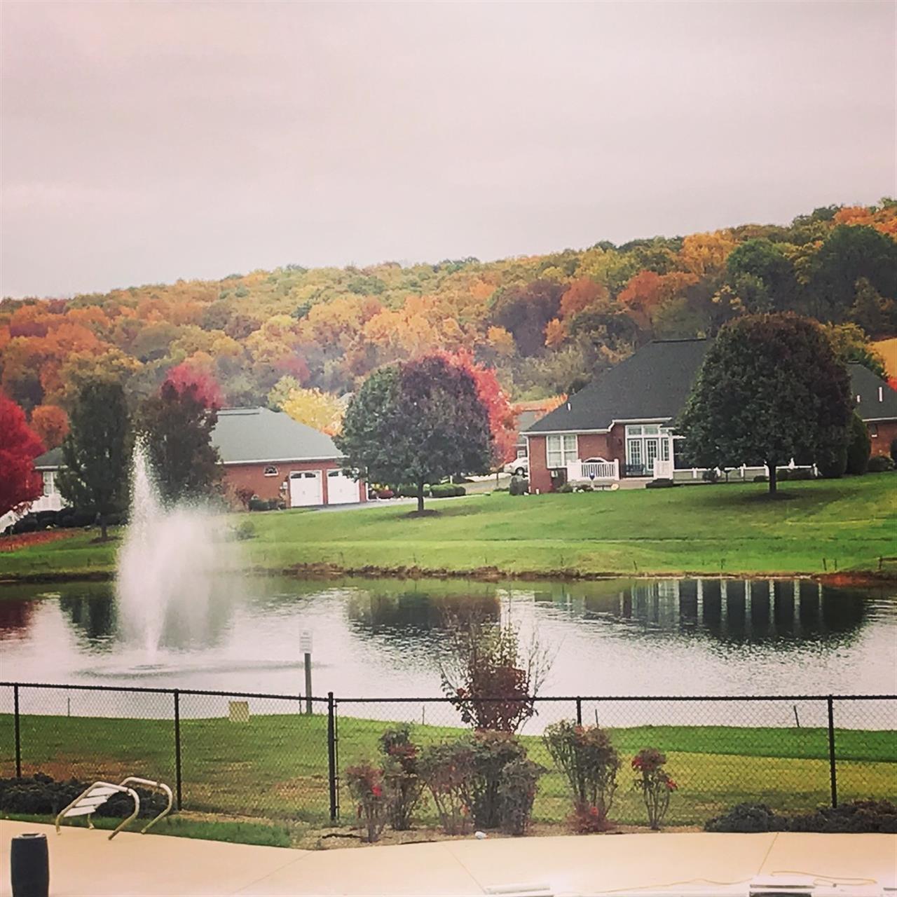 Spring Lakes at the Woodlands Staunton, Virginia