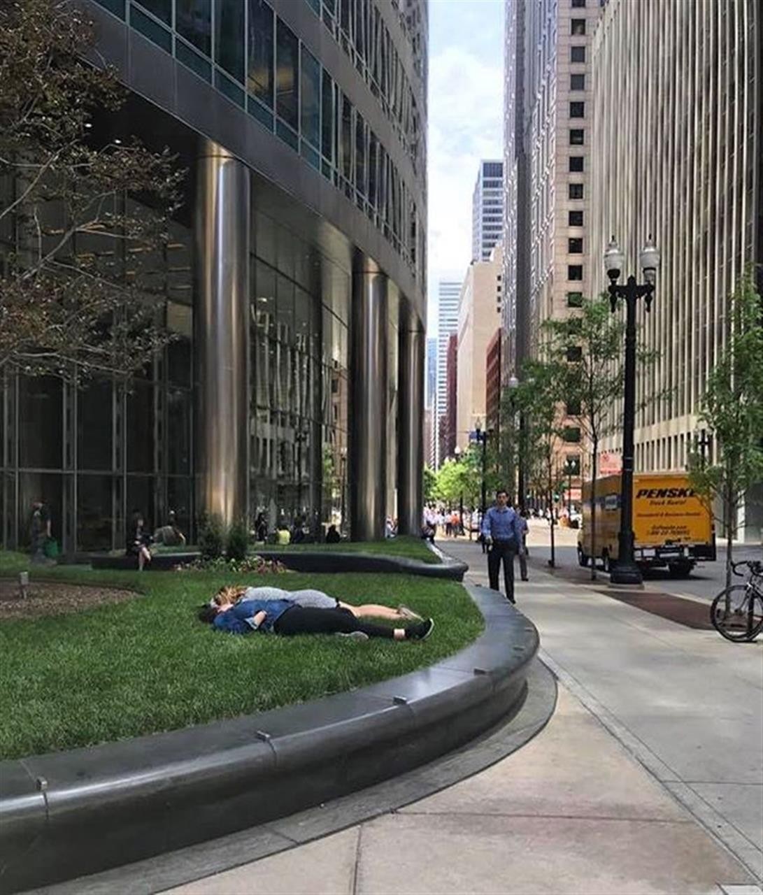 #tbt to going outside during lunch without coats on. #bestdays #chicagosummer #chicago #leadingrelocal #nap #napinthesun #loop #bairdwarner