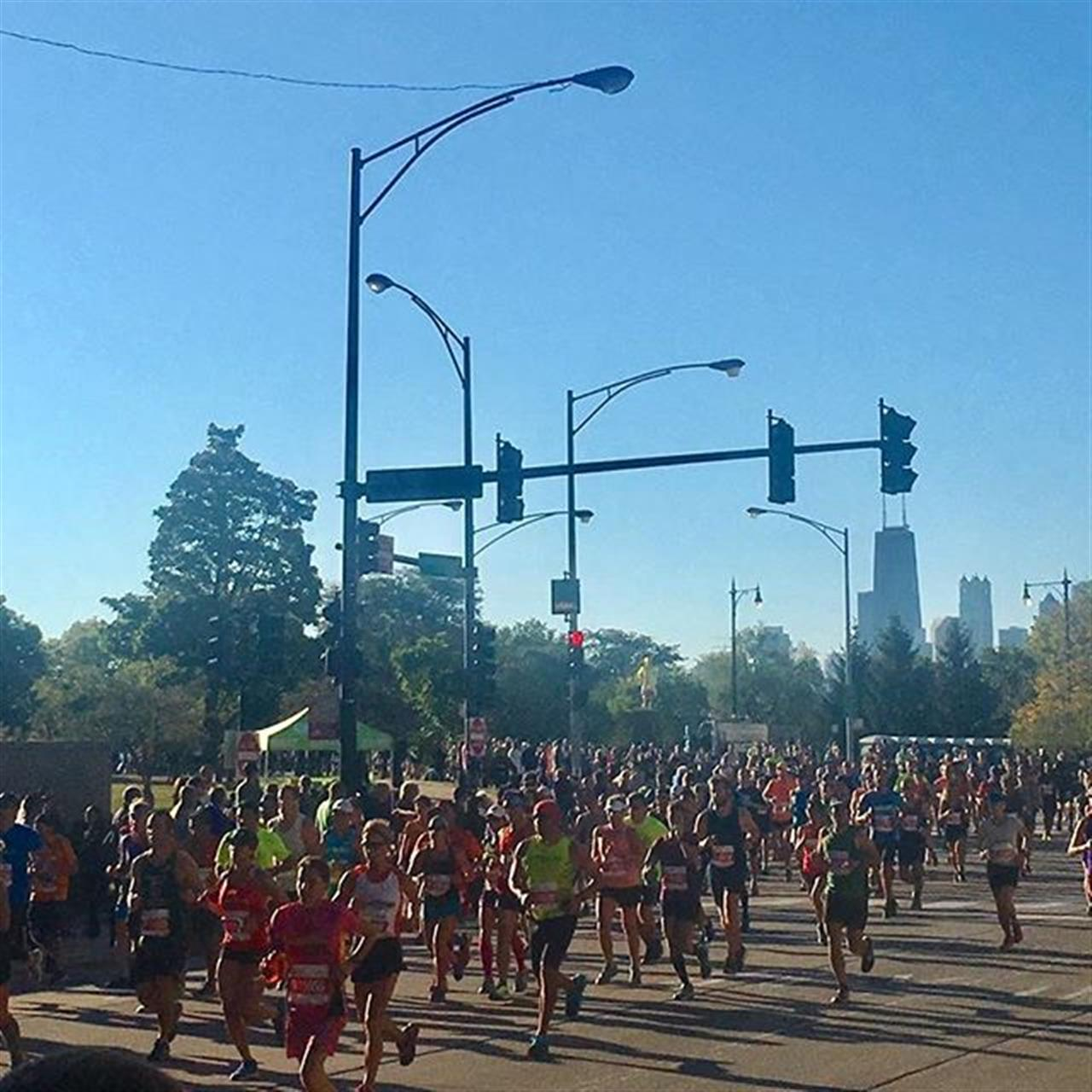 The Chicago Marathon is always one of the best Sundays to live in a Chicago neighborhood. It's the most positive, supportive and inspiring days. #chicagomarathon #lincolnpark #lakeview #chicago #leadingrelocal #bairdwarner