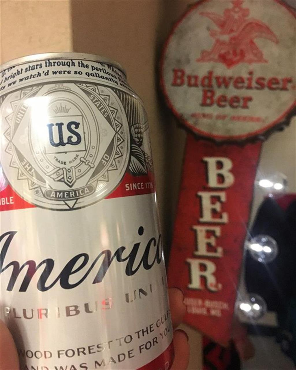 Cheers! #budandburgers #budweiser #foldsofhonor #delicious #chicago