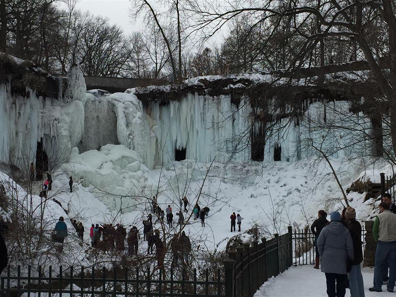 Frozen waterfall - it's like an ice castle  #Minnehaha #Minneapolis #LeadingRELocal #BairdWarner #Vacation