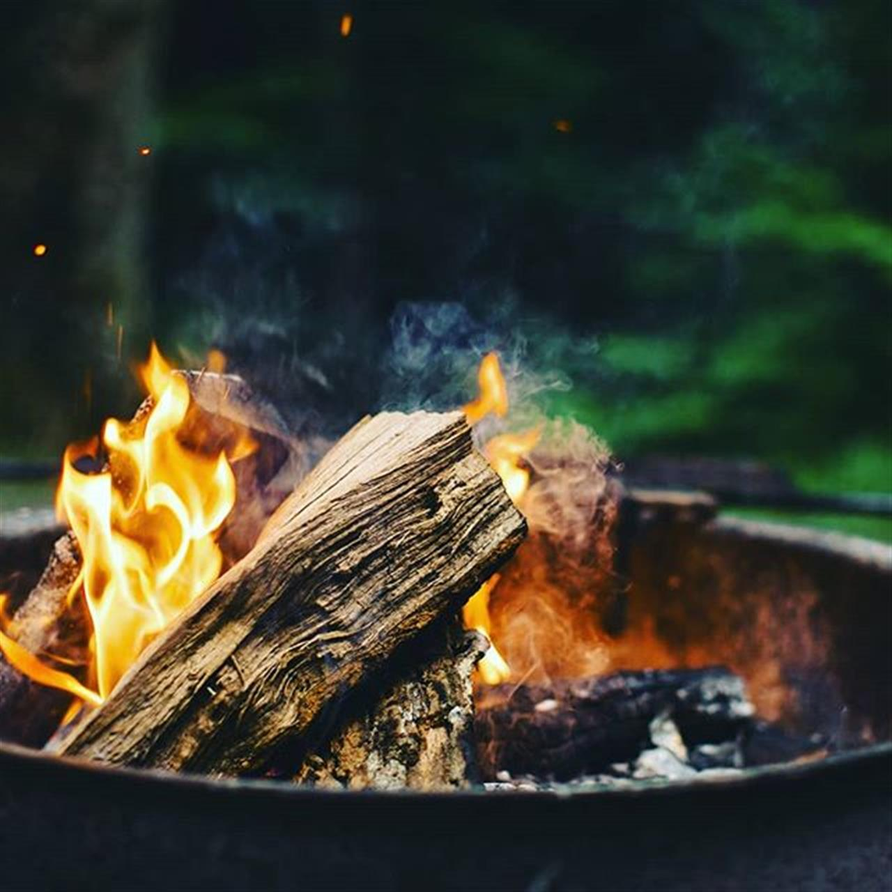 Here's looking forward to summertime campfires, good food and great friends!  #CarlsonRealtors #LeadingRELocal #BlowingRock #Boone #HighCountryHomeSpecialist #RealEstate #NCHighCountry #NCMountains #Camping #campfire #smores #summerfun