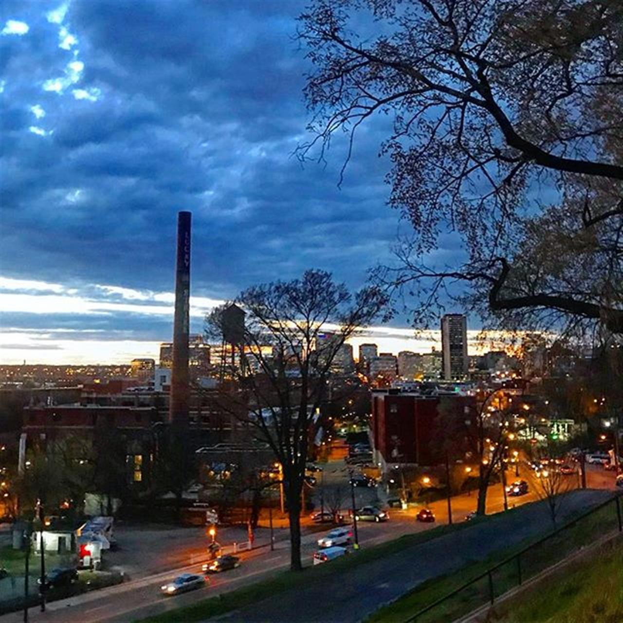 RVAÔÿüÔÿü #realestate #cloud #city #skyline #winter #joynerfineproperties #jf #livelovelocal #libbyhill #leadingrelocal #letsmoverva #love #park #city #va #virginia #photography #realtor #realestateagent #lights