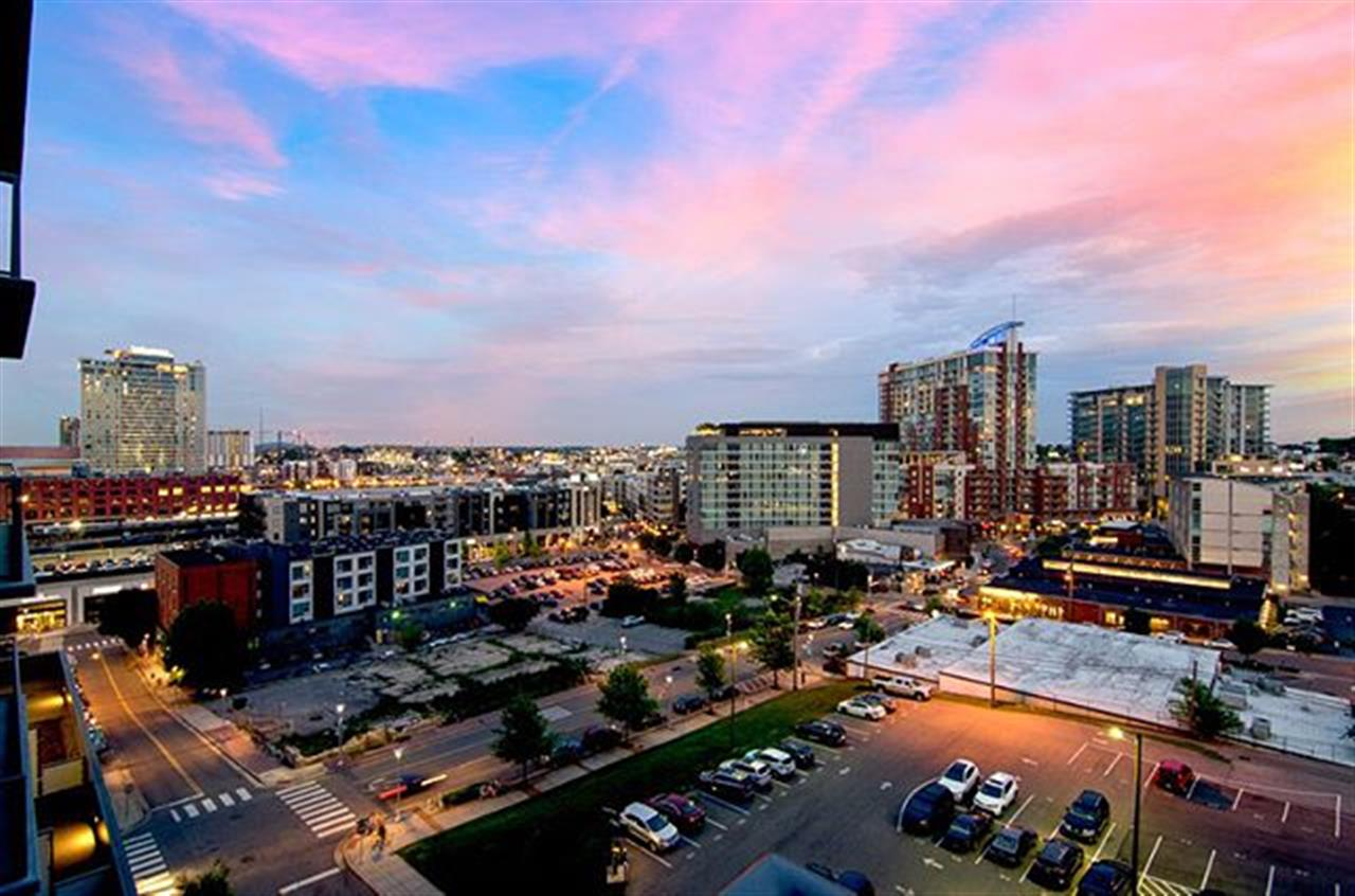 Stunning views in the heart of The Gulch. We can't get over this amazing condo (California closets guys)!! Listed by @shanetallant | MLS # 1930285 | 1212 Laurel St. Apt. 807, Nashville |